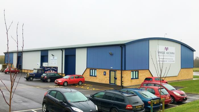 unique auctions building